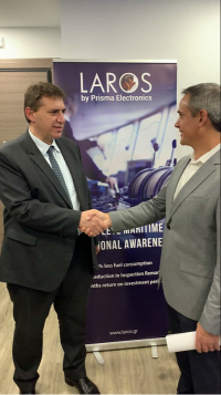 From left to right: Christos Giordamlis, Prisma Electronics CEO and Joel Meltzner, CEO of i4 Insight, a Lloyd's Register company, at the signing ceremony. Image courtesy of i4 Insight.